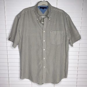 Tommy Hilfiger Collared Button Down Shirt